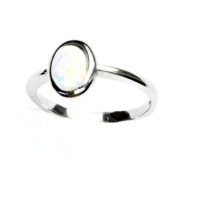 ČIŠTÍN s.r.o Stříbrný prsten, bílý syntetický opál, prstýnek s opálem, T 1354 13218