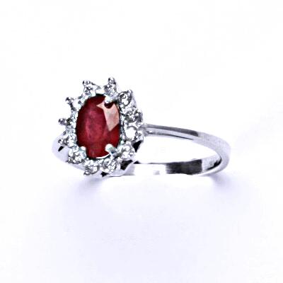 ČIŠTÍN s.r.o Stříbrný prsten Kate, přírodní rubín, prstýnek ze stříbra, čiré zirkony, T 1480 12579