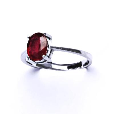ČIŠTÍN s.r.o Stříbrný prsten,prsten,přírodní rubín,prstýnek ze stříbra, T 1245 12574