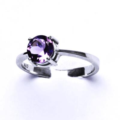 ČIŠTÍN s.r.o Stříbrný prsten, přírodní ametyst světlý, prstýnek ze stříbra, T 1357 2963