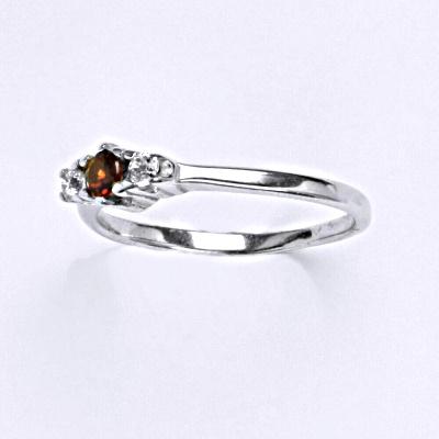 ČIŠTÍN s.r.o Stříbrný prsten s granátem,prsten ze stříbra T 1222 6280